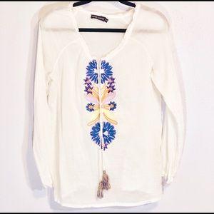 Antik Batik sz S 100% cotton embroidered top